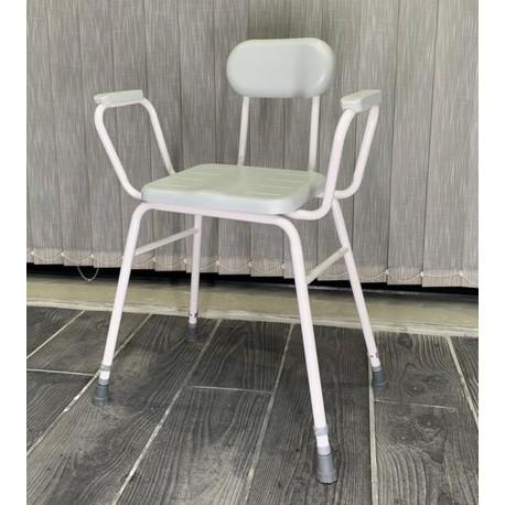 Chaise de confort haute capitonnée